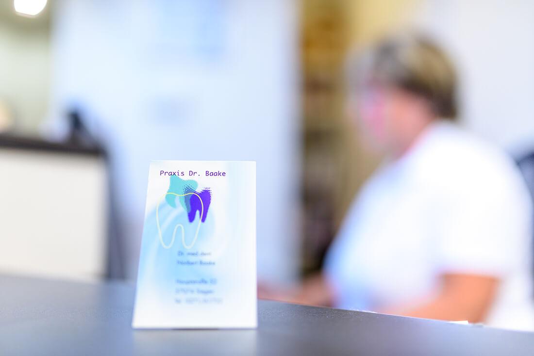 Zahnarzt Siegen - Dr. Norbert Baake - Praxis - Visitenkarte