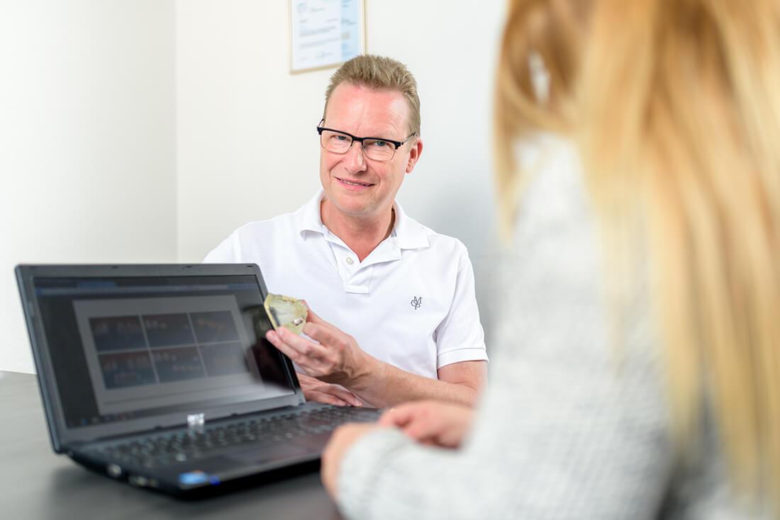Zahnarzt Siegen - Dr. Norbert Baake - Leistungen - Zahnersatz