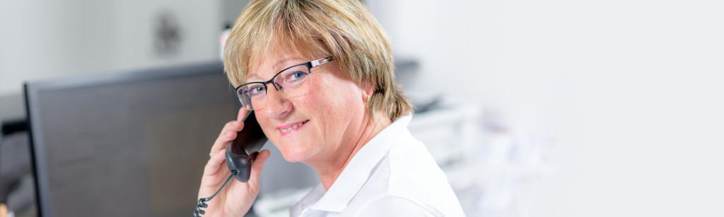 Zahnarzt Siegen - Dr. Norbert Baake - Kontakt Slider